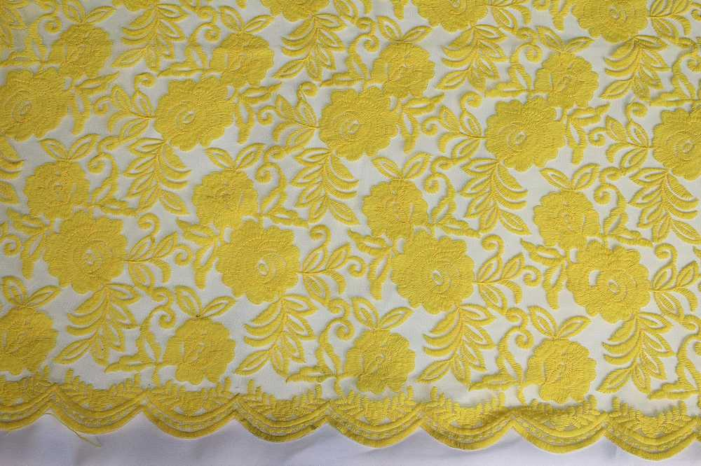 SEMB-0710D#1 / YELLOW / MESH WITH MILKY YARN EMBROIDERY ALL OVER
