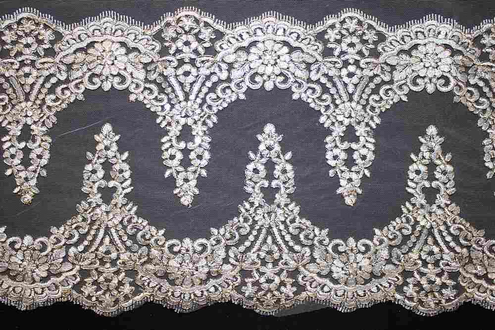 EMB-0455522 / OFF WHITE W/ GOLD METALLIC / Embroidery Borders
