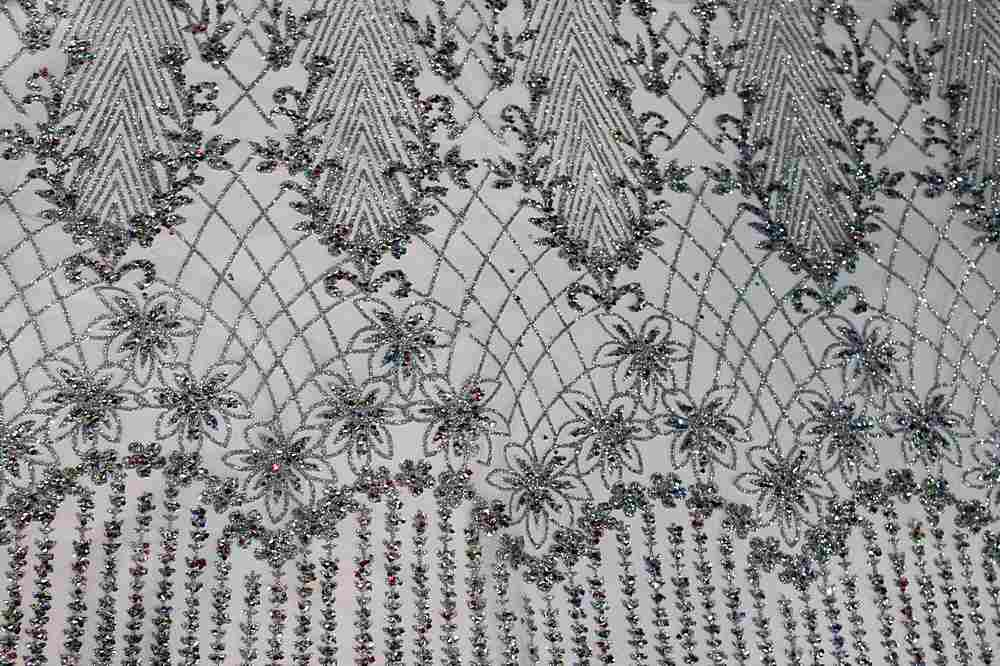 MSEQ-90062505 / SILVER / MESH WITH SEQUINS & GLITTER